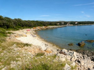 Strand auf Halbinsel Lun auf Pag