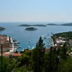 Hvar Stadt mit Hafen